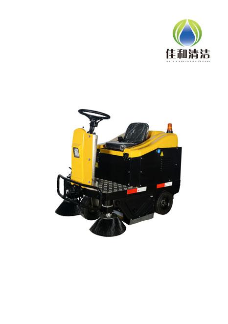 R1 驾驶式扫地车