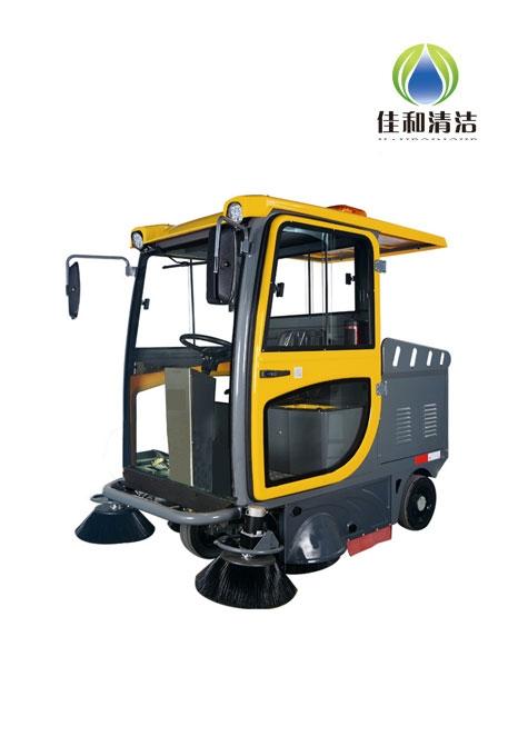 RS6 驾驶式扫地机